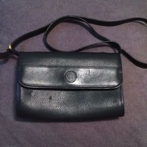 GUCCI Authentic Black leather Crossbody bag